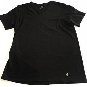 {Men's} Calvin Klein - black tee